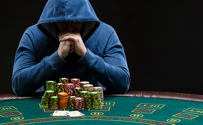 poker game world